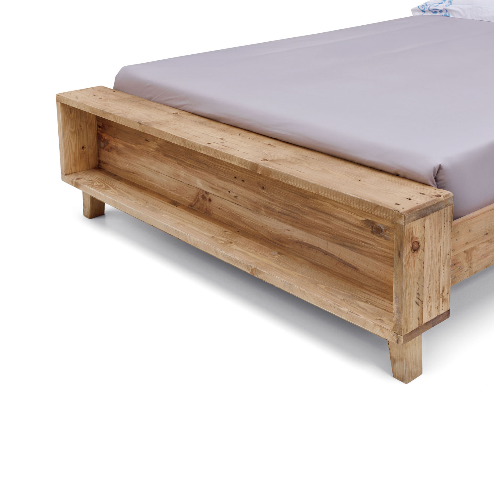 Portland Recycled Solid Pine Rustic Timber King Queen